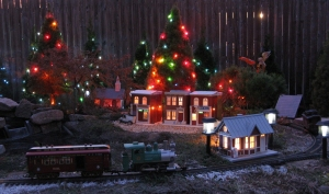 Here's a shot from a 'trial run' before 2008's Christmas-Themed open railroad. Click for bigger photo.