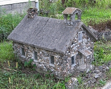 One of Ben Hartman's concrete buildings, built over eighty years ago and still standing proud. Click to see an article about his unusual creations.