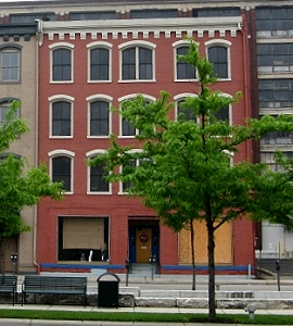 This is what this building looks like on Canal Street, in Dayton Ohio, on May 7, 2009.  Notice the trees in the way